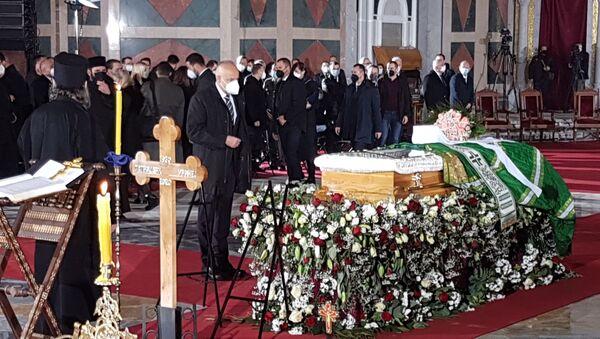 Gradonačelnik Beograda Zoran Radojičić na sahrani patrijarha Irineja. - Sputnik Srbija