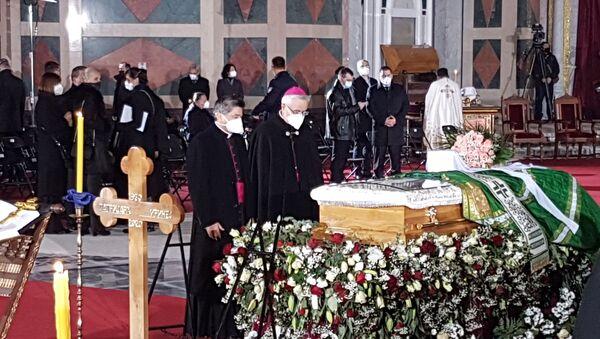 Predstavnici Katoličke crkve na sahrani patrijarha Irineja. - Sputnik Srbija