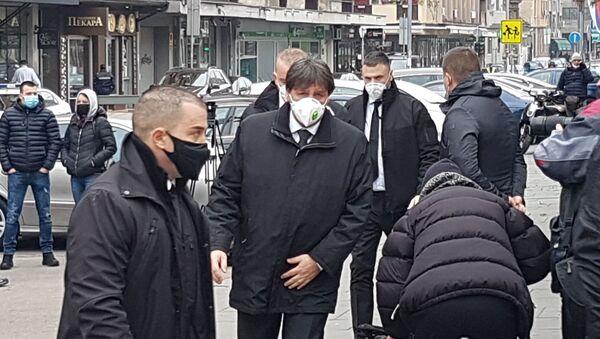 Direktor BIA Bratislav Gašić dolazi na sahranu patrijarha Irineja. - Sputnik Srbija