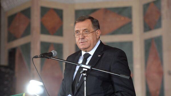 Milorad Dodik govori na sahrani patrijarha Irineja. - Sputnik Srbija