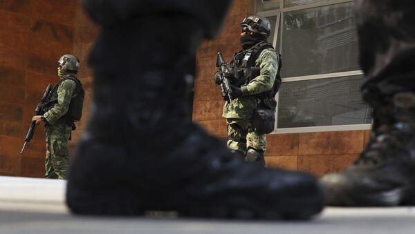 Pripadnici bezbednosnih snaga u Meksiko Sitiju - Sputnik Srbija