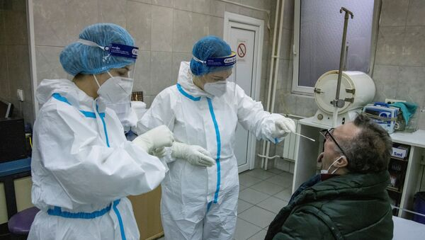 Testiranje na virus korona u Kliničko-bolničkom centru u Zemunu - Sputnik Srbija