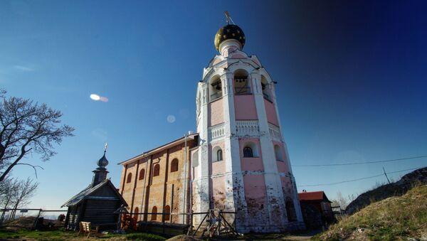 Спасо-Камени манастир на Кубенском језеру у Уст-Кубинском рејону Вологодске области - Sputnik Србија