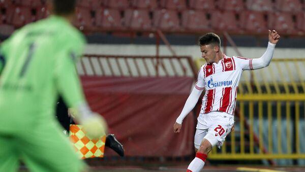Фудбалер Црвене звезде Његош Петровић на утакмици Лиге Европе против Хофенхајма - Sputnik Србија