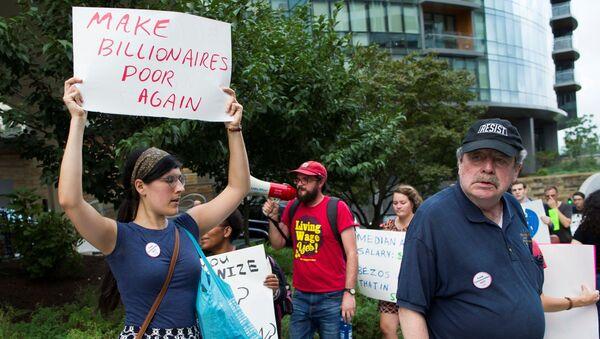 Протести у Америци против Амазона - Sputnik Србија