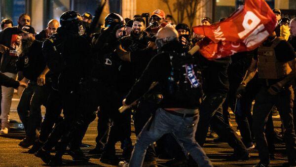 Sukobi u Vašingtonu - Sputnik Srbija