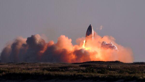 Prototip svemirskog broda SN8 tokom eksplozije - Sputnik Srbija