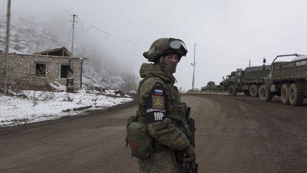Контролни пункт руских мировних снага у Нагорно-Карабаху - Sputnik Србија