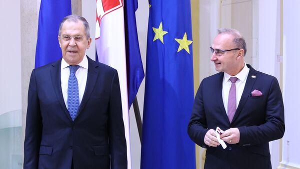 Ministri spoljnih poslova Rusije i Hrvatske Sergej Lavrov i Goran Grlić Radman - Sputnik Srbija