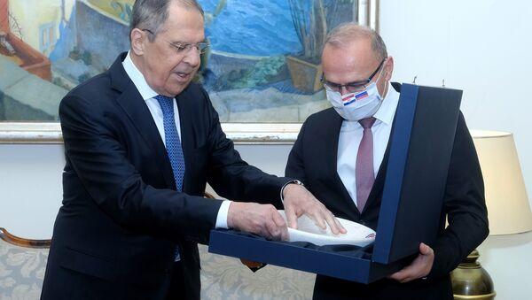 Ministri spoljnih poslova Rusije i Hrvatske Sergej Lavrov i Gordan Grlić Radman - Sputnik Srbija