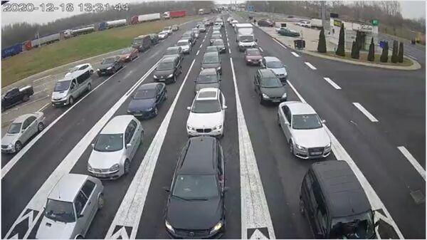 Granični prelaz Horgoš, gužva na ulasku u Srbiju - Sputnik Srbija