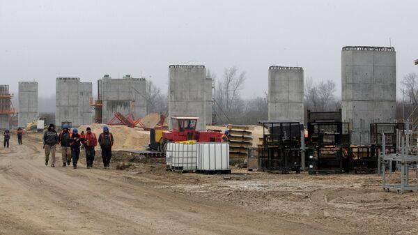 Radovi na mostu preko Save kod Šapca na trasi budućeg auto-puta Ruma-Šabac - Sputnik Srbija
