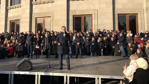Demonstranti u Jerevanu - Sputnik Srbija