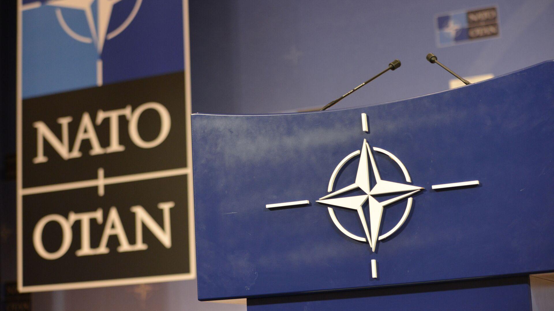 Govornica u konferencijskoj sali u sedištu NATO-a - Sputnik Srbija, 1920, 18.09.2021
