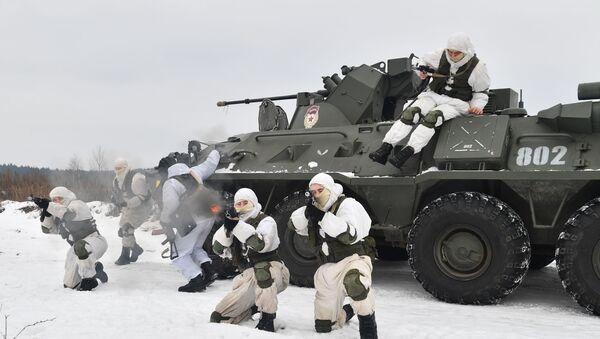 Vojne vežbe sa raketnim sistemima Tor M2 - Sputnik Srbija