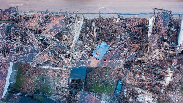 Петриња, дан после земљотреса - Sputnik Србија