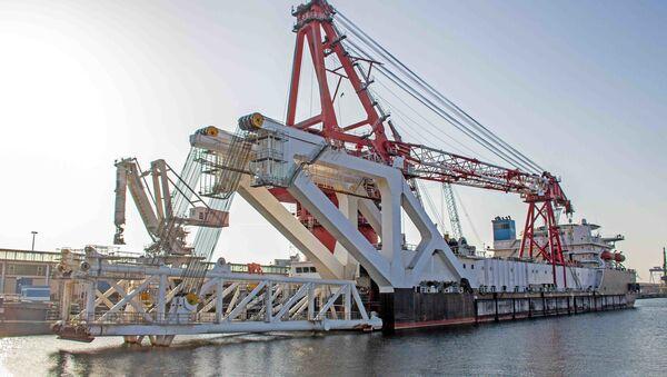 Брод Фортуна за полагање цеви за изградњу гасовода Северни ток 2 - Sputnik Србија