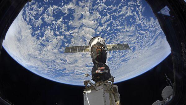 Pristajanje svemirskog broda sa posadom Sojuz MS 12 na Međunarodnu svemirsku stanicu - Sputnik Srbija