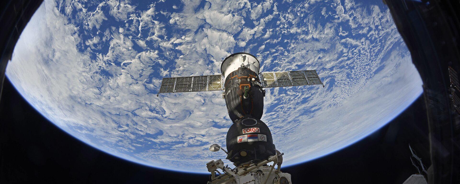 Пристајање свемирског брода са посадом Сојуз МС 12 на Међународну свемирску станицу - Sputnik Србија, 1920, 13.01.2021