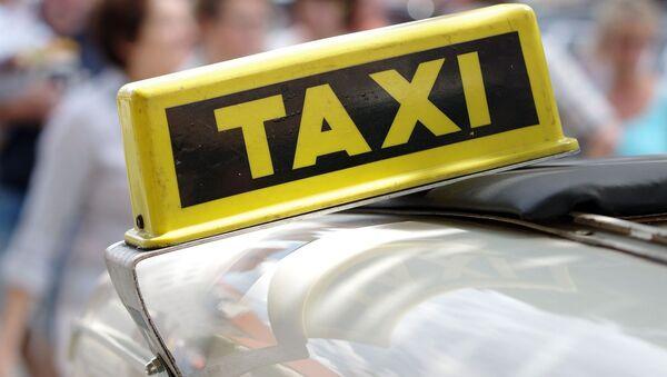Taksi - Sputnik Srbija