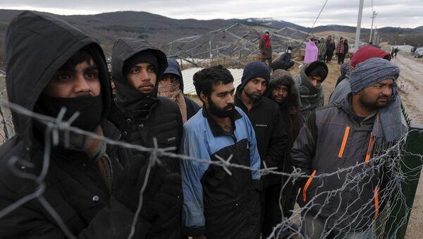 Мигранти у Бихаћу - Sputnik Србија