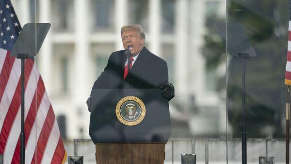 Donald Tramp drži govor na protestu u Vašingtonu - Sputnik Srbija