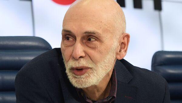 Ruski pisac Leonid Juzefovič - Sputnik Srbija