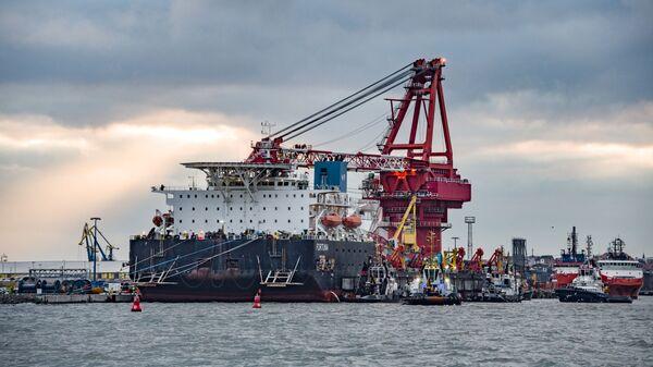 Брод за полагање цеви Фортуна у немачкој луци Висмар - Sputnik Србија