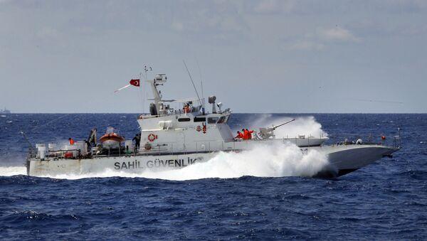 Čamac turske obalske straže  - Sputnik Srbija