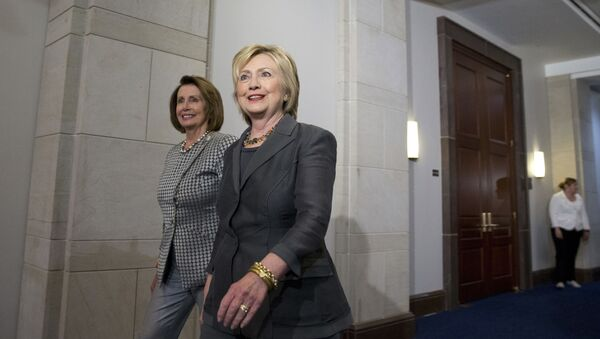 Hilari Klinton i Nensi Pelosi - Sputnik Srbija