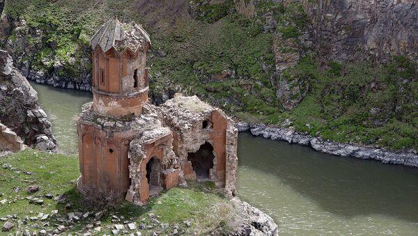 Manastirska kapela u drevnom jermenskom gradu Ani - Sputnik Srbija