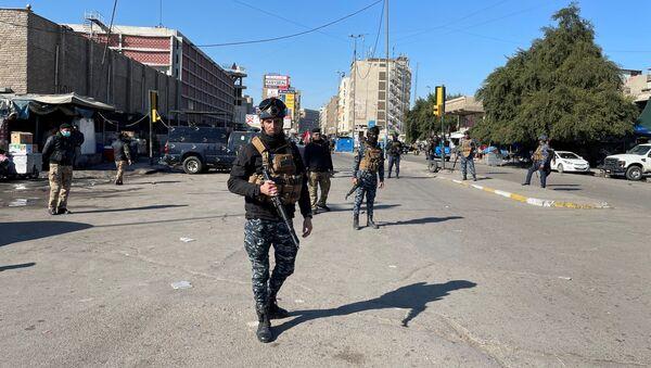 Ирачке безбедносне снаге на месту самоубилачког напада у Багдаду - Sputnik Србија