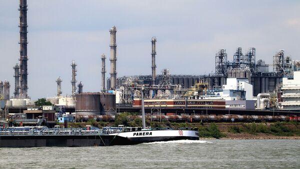 Rafinerija nafte - Sputnik Srbija
