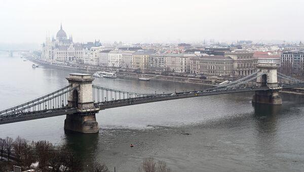 Мађарски министар: Лицемерје и двоструки аршини Запада према Русији - Sputnik Србија