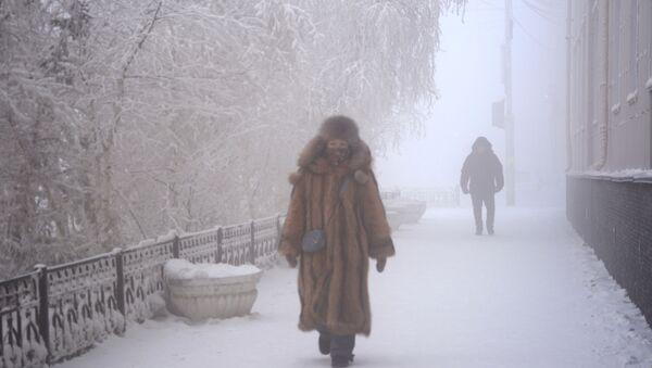 Snažni mrazevi u Jakutsku - Sputnik Srbija