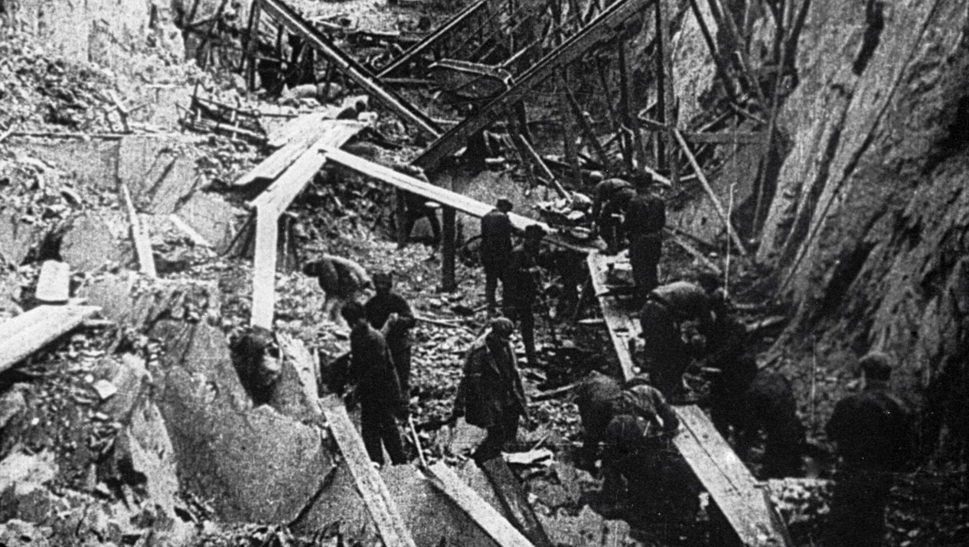Изградња Беломоро-Балтијског канала 1931. године на којој су радили, углавном, затвореници гулага. - Sputnik Србија, 1920, 01.02.2021