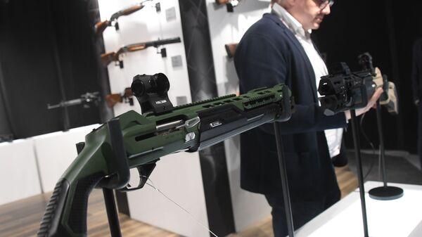 Pametan pištolj MP-155 Ultima 12, Kalašnjikov - Sputnik Srbija