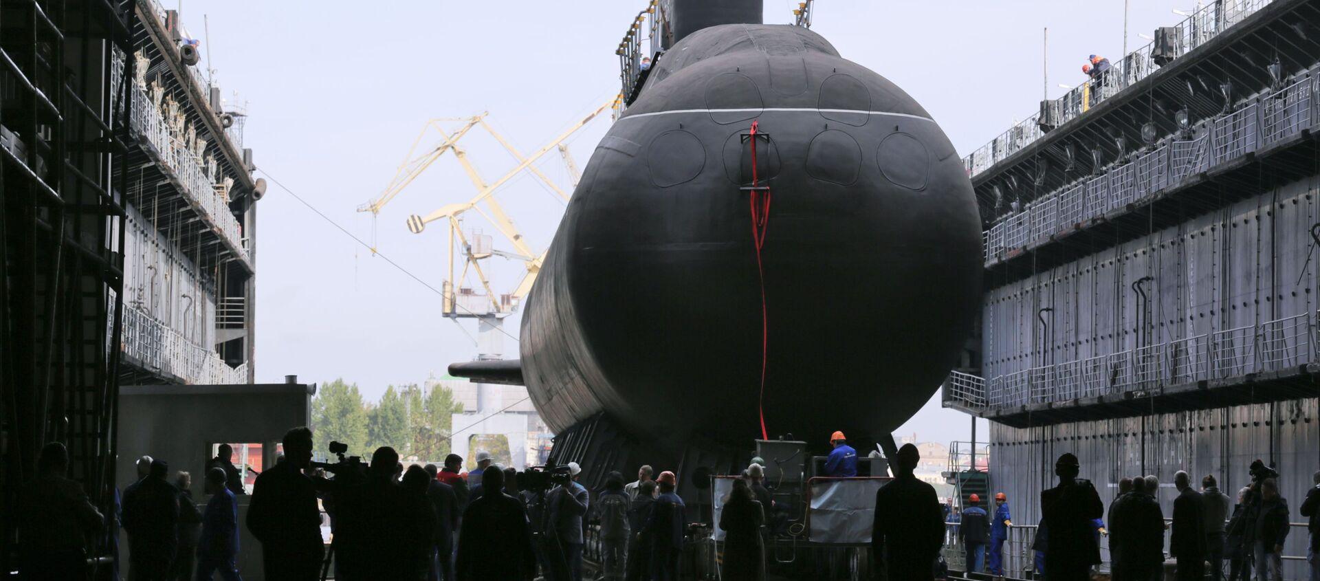 Дизел-електрична подморница Кронштадт пројекта 677 Лада у Санкт Петербургу  - Sputnik Србија, 1920, 09.02.2021