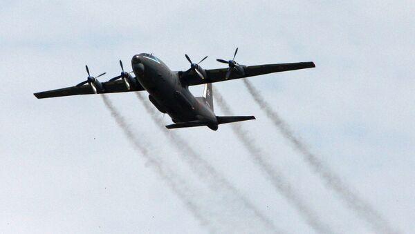 Војно-транспортни авион Ан-12 - Sputnik Србија