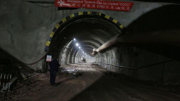 Тунел на деоници ауто-пута Милош Велики од Чачка до Пожеге. - Sputnik Србија