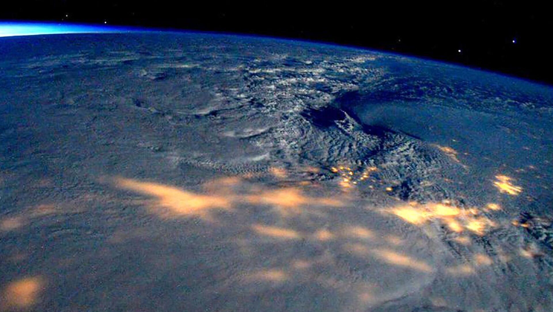 Pogled iz svemira na SAD - Sputnik Srbija, 1920, 11.02.2021