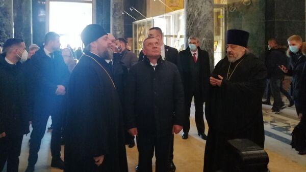 Јуриј Борисов обишао Храм Светог Саве - Sputnik Србија
