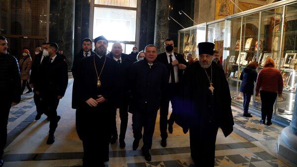 Јуриј Борисов у Храму Светог Саве - Sputnik Србија