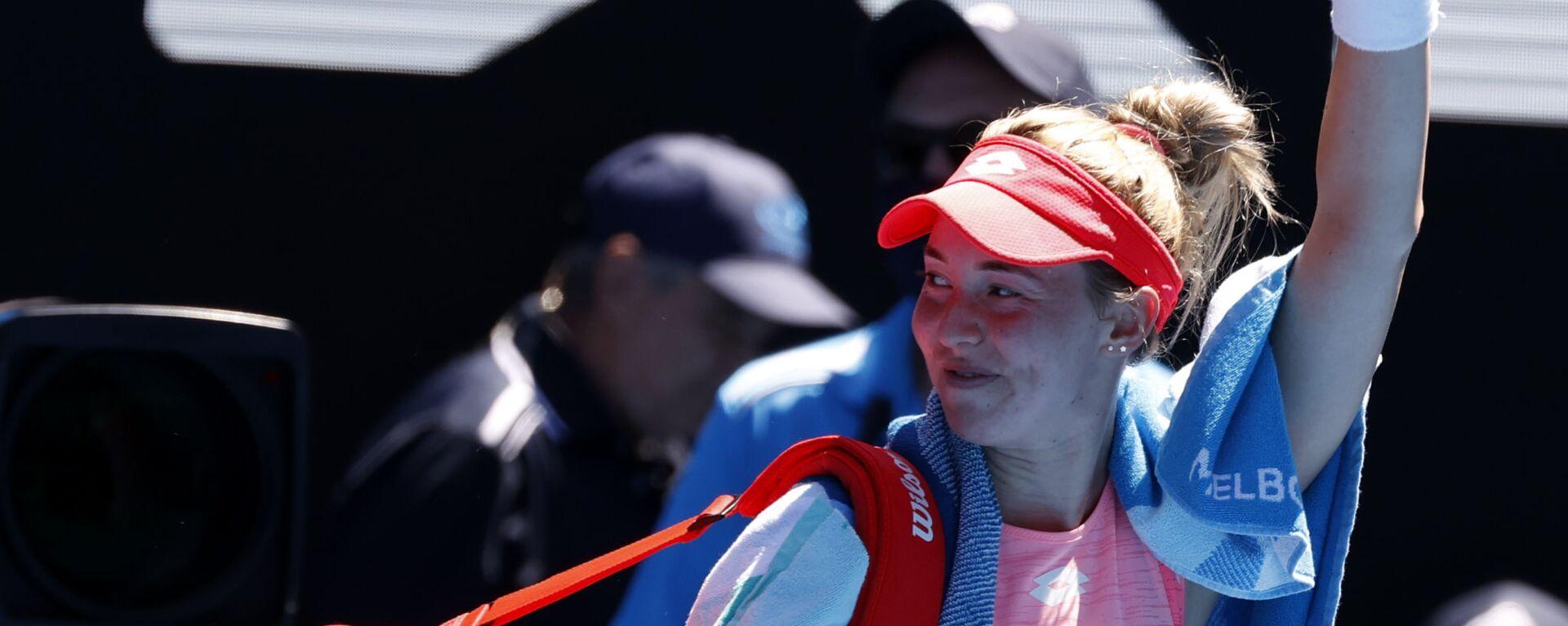Српска тенисерка Нина Стојановић после пораза од Серене Вилијамс на Аустралијан опену 2021. - Sputnik Србија, 1920, 24.07.2021