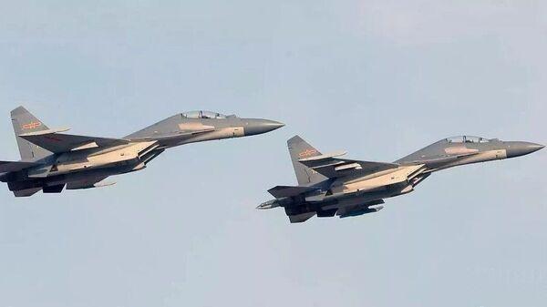 Кинески ловци J-16  - Sputnik Србија