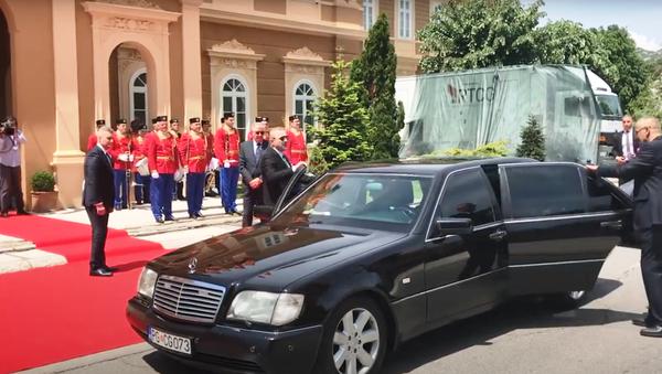 Milo Đukanović stiže na Cetinje - Sputnik Srbija