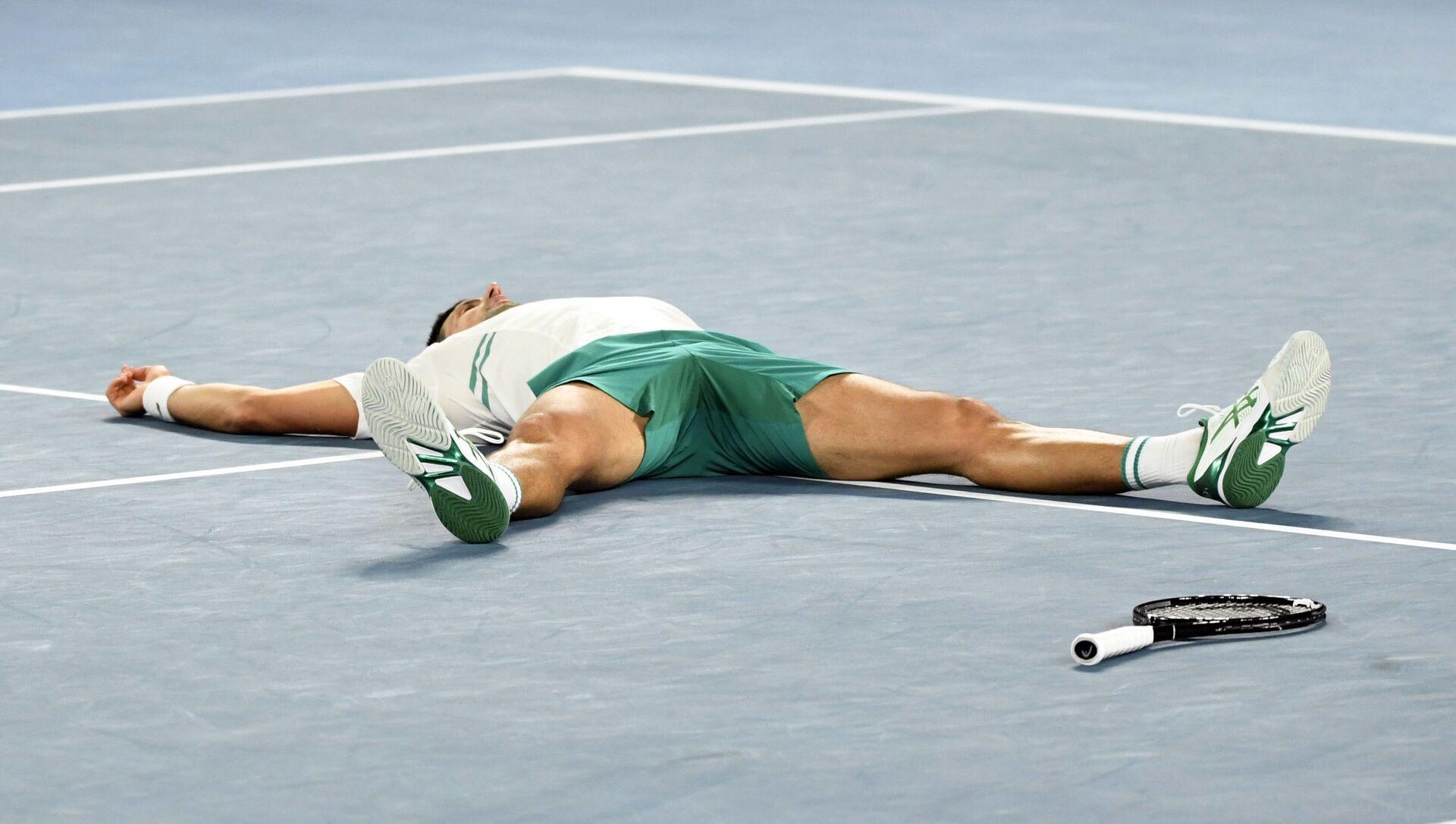 Novak Đoković po osvajanju titule na Australijan openu 2021. - Sputnik Srbija, 1920, 23.02.2021
