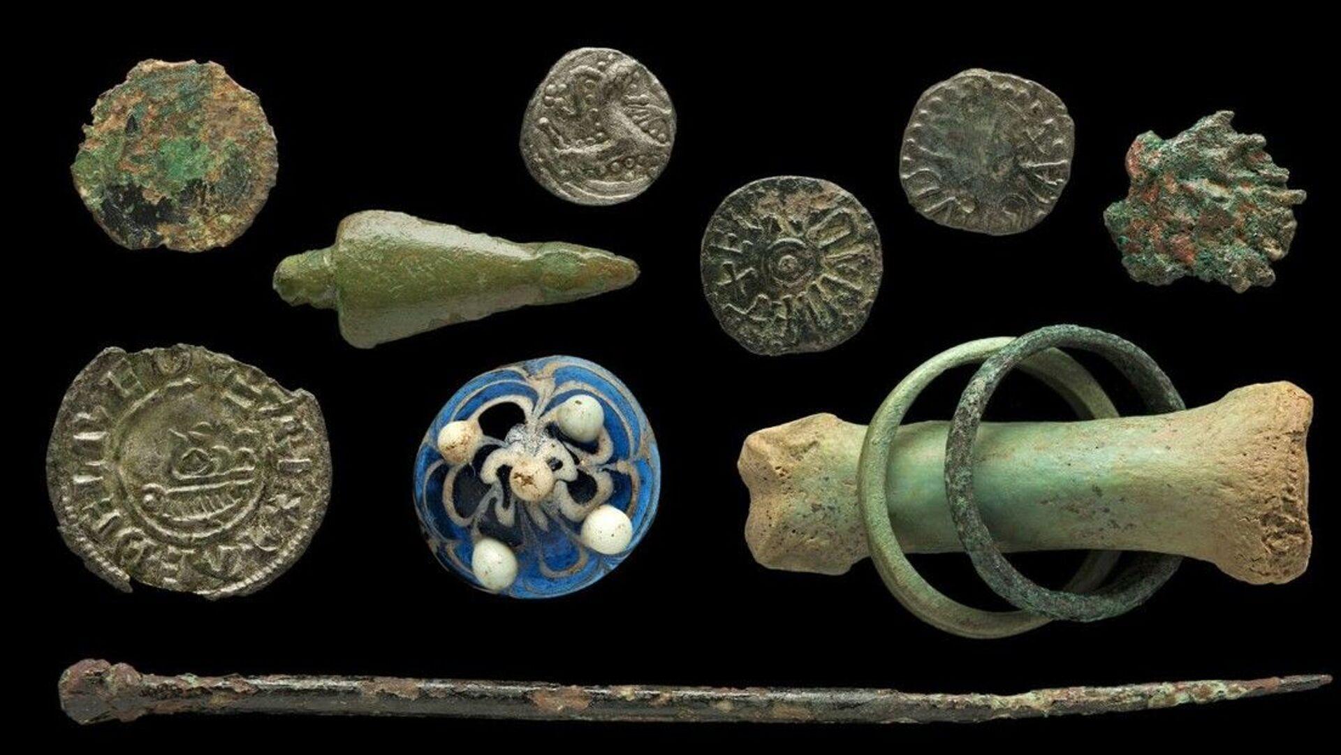 Пронађене фигуре из друштвене игре Викинга, на оству око Енглеске - Sputnik Србија, 1920, 13.07.2021