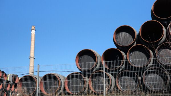Цеви за гасовод Северни ток 2 у немачкој луци Засниц - Sputnik Србија