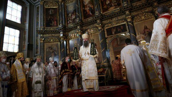 Устоличење патријарха Порфирија у Саборној цркви - Sputnik Србија